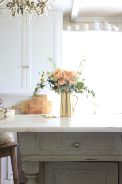cottage style kitchen island with flowers