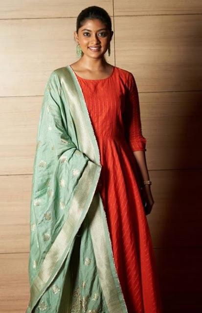 Indian Actress Abhirami Photos
