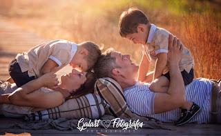 galart fotógrafos,reportajes fotográficos de verano, familias para fotografiar, fotos de familia