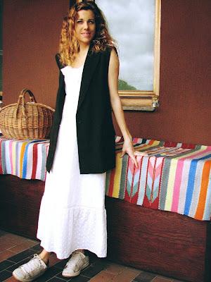 https://s-fashion-avenue.blogspot.com/2020/06/ootd-how-to-wear-vest-this-springsummer.html