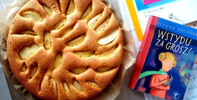 łatwy placek ucierany, wtydu za grosz,cała polska czyta dzieciom, szybkie ciasto,z kuchni do kuchni najlepszy blog kulinarny,placek z jabłkami,fajna książka,dobre lektury,szarlotka,