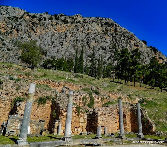 Delfos, o centro espiritual da Grécia Antiga