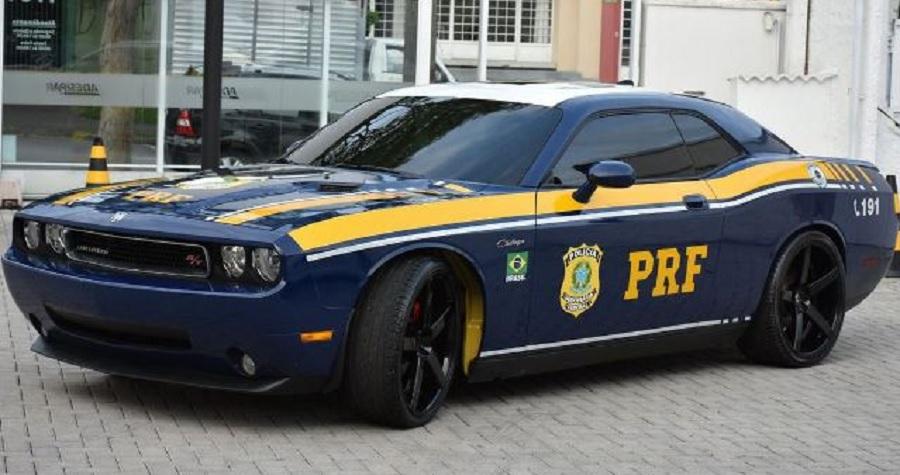 PRF passa a usar Dodge Challenger, carro de luxo que foi apreendido em ação contra o tráfico - Portal Spy