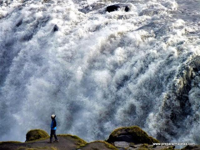 Cascada más impresionante que ver en Islandia