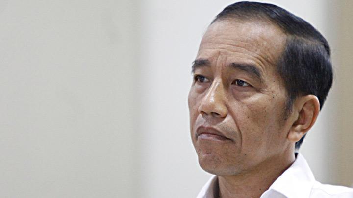 Rakyat Geram dengan Jokowi, Tagar #Jokowi7TahunCukuplah Trending: Jangan Pernah Lagi Memberi Harapan!