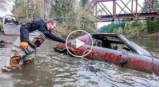 Необичайна находка: Откриха редки коли на дъното на река (ВИДЕО, СНИМКИ)
