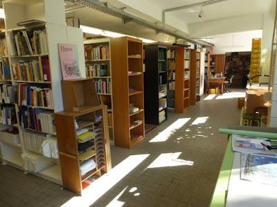 Das Bücherlager in aufgeräumtem Zustand