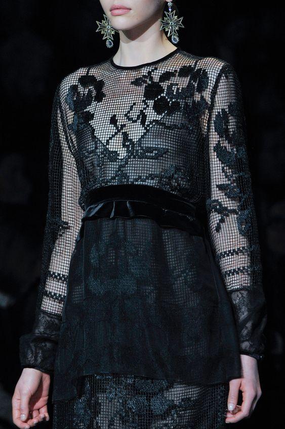sukienka filetem
