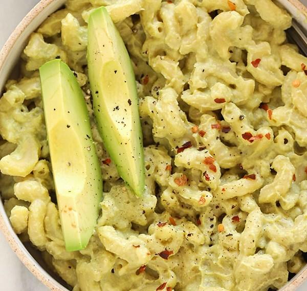 VEGAN AVOCADO MAC AND CHEESE #vegetarian #vegandinner