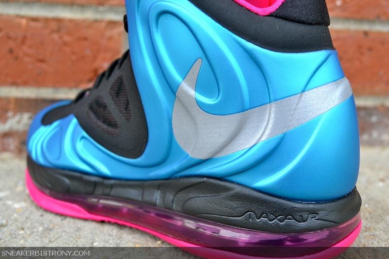 adalah salah satu sepatu basket paling canggih sampai dengan melakukan  date. Sepatu ini adalah sepatu basket Foamposite pertama yang memiliki  fitur 360 Air ... 9683eaff43