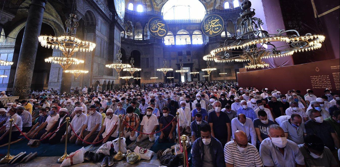 Αγία Σοφία: 3.000 άνθρωποι μολύνθηκαν με κορονοϊό στη φιέστα Ερντογάν