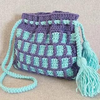 Mochila a cuadros a Crochet