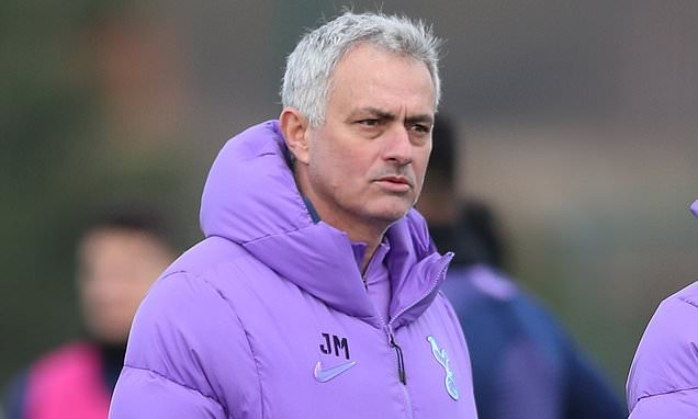 Mourinho: Conte almost has two teams; today's Inter is not mine