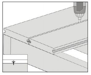 gambar pemasangan papan kayu komposit - 5