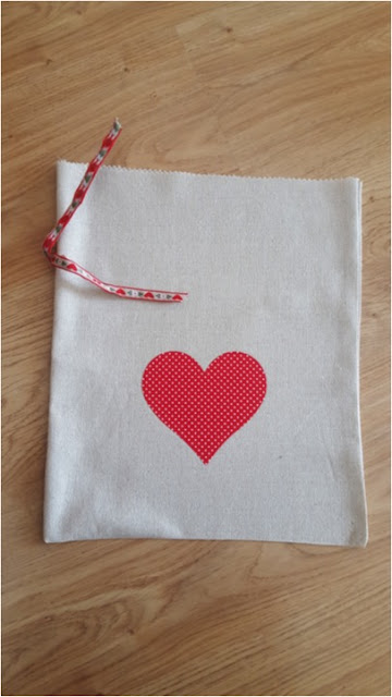 DIY Valentine's Day reusable gift bags