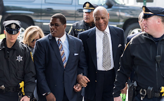 Cosby Laughs Leaving Sexual Assault Trial