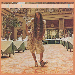 Nicolette Larson - Lotta Love from the album Nicolette (1978)