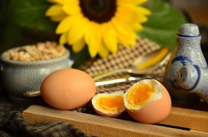 Gambar telur rebus