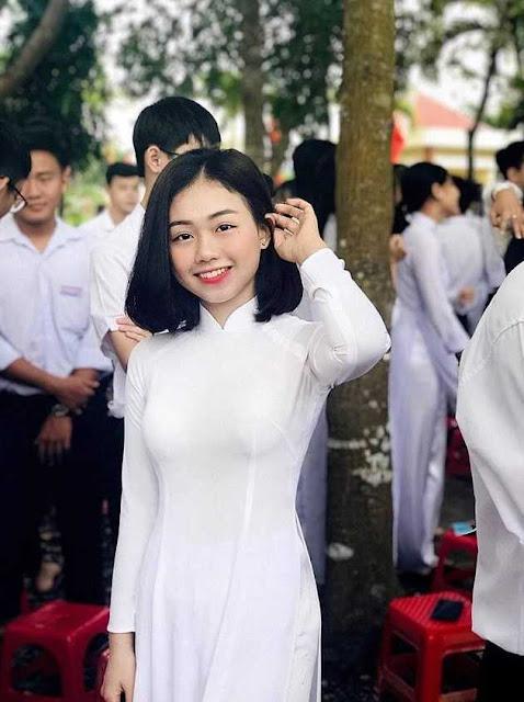 Từ cô nhóc ngố tàu đến girl xinh nức nở, nữ sinh 2001 chứng minh: Cứ chờ đi, con gái ai rồi cũng khác!