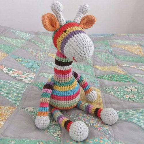 Crochet Stripy Giraffe - Free Pattern