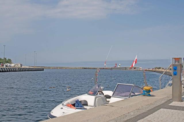 port Mrzeżyno, jednostki pływające, zdjęcie Regi