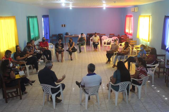 Prefeitura de Óbidos realiza reunião de alinhamento com gestores da rede municipal de ensino