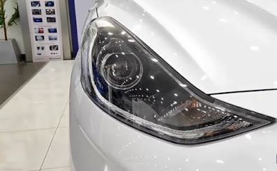 grand i10 nios headlight