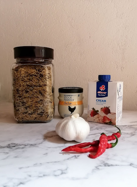 wild rice soup, soup, wild rice, recipe, spicy fusion kitchen, mushrooms, vegetarian, chicken soup, mushroom soup, carrot soup, pinterest food, food, food photography, woolworths, sock powder, fresh cream, garlic, red chilies,