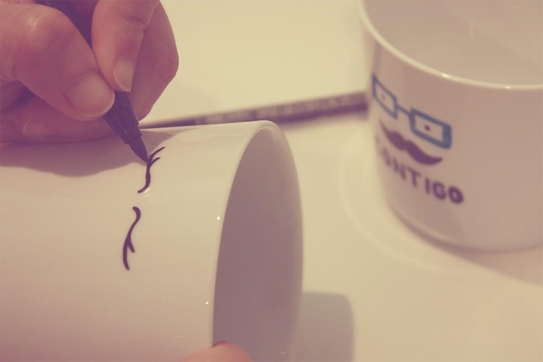 Pintando tazas personalizadas Punto de Lu