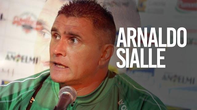 Arnaldo Sialle es el nuevo entrenador de Gimnasia
