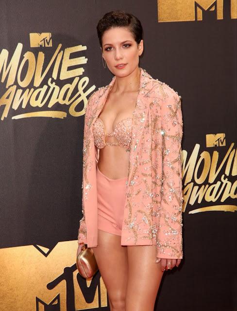 Halsey – 2016 MTV Movie Awards