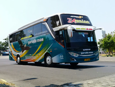 Foto Bus Garuda Mas Annisa