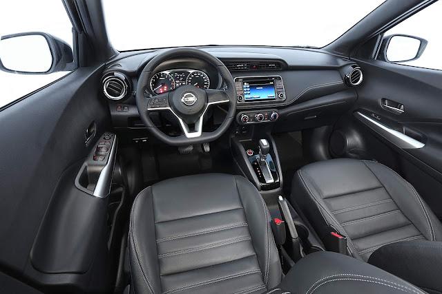 Nissan Kicks SV CVT Automático 2018 - interior