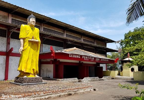Rumah penitipan abu jenazah Cung Lin Tze Cilincing
