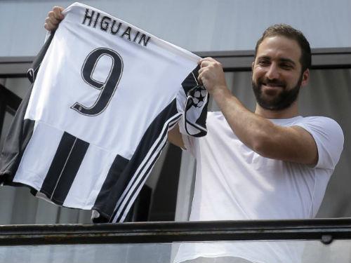 Higuain xếp thứ 3 trong lịch sử chuyển nhượng bóng đá