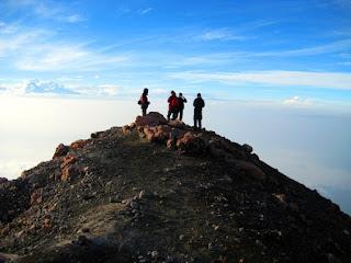 4. Gunung Kerinci, Sumatera (3.805m)