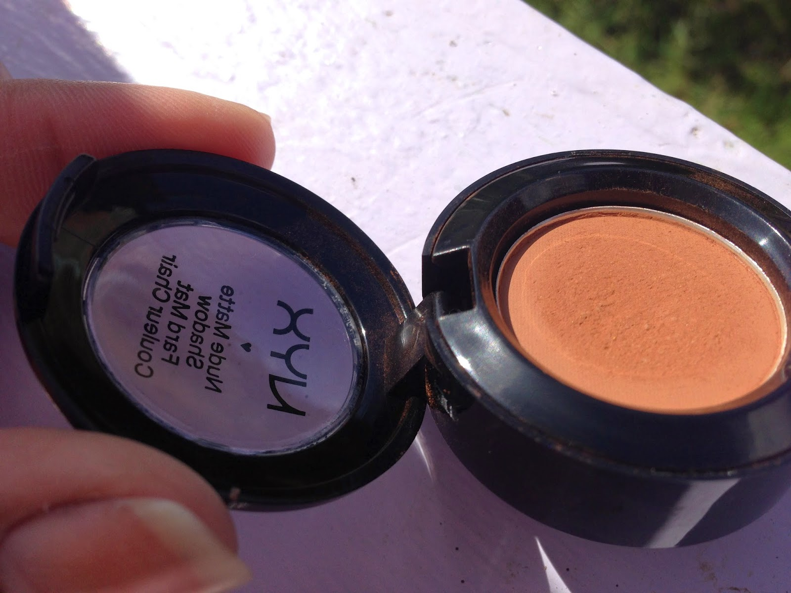 NYX Nude Matte Shadow 'Dance The Tides' - www.modenmakeup.com