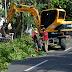 Lanjutkan Proyek Pelebaran Jalan, Pemkot Bongkar Pagar Ina Simpang