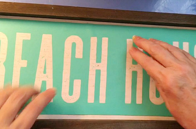 Vintage Paint and more... applying a silk screen transfer to a wood board to make a beautiful beach house sign for summer.