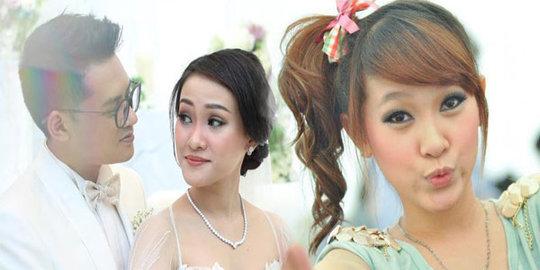 Gara Gara Penulisan Namanya Di Undangan Pernikahan Felly Eks Cherrybelle Membuat Warga net Berdebat