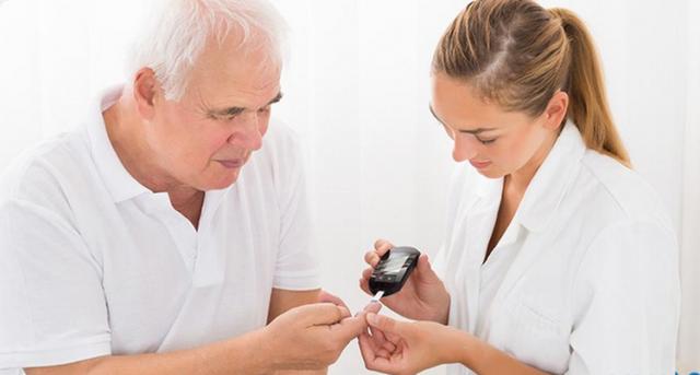 Uống thuốc bổ gan đúng cách cho bệnh nhân tiểu đường