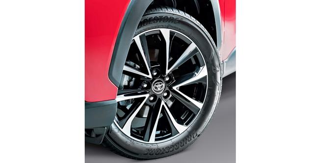Bridgestone fornece pneus premium para o novo Toyota Corolla Cross