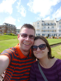 Minigolf Explorers Richard and Emily Gottfried in Sidmouth, Devon