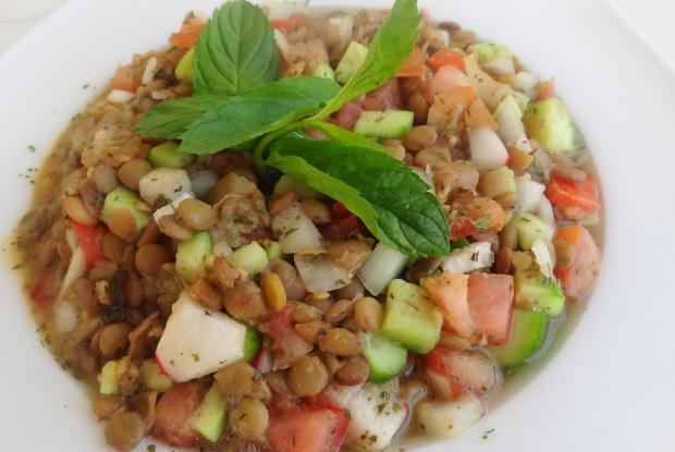 Lentil Salad garnished by mint leaves in a plate Lentil Salad Recipe