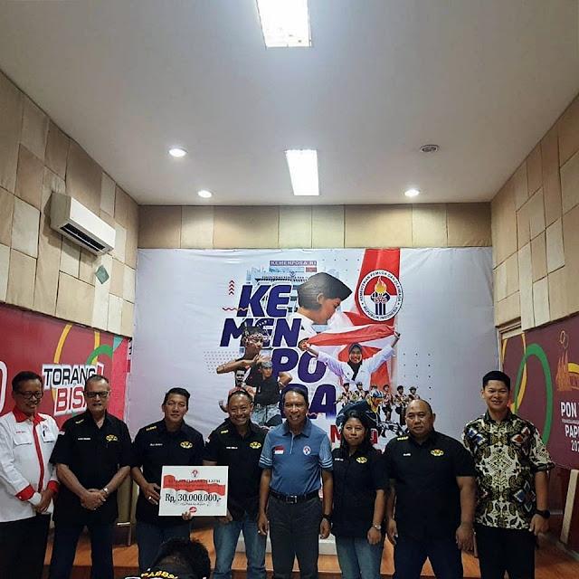 Lifter Yunior Indonesia dan Pelatih Dapat Guyuran Bonus dari Kemenpora