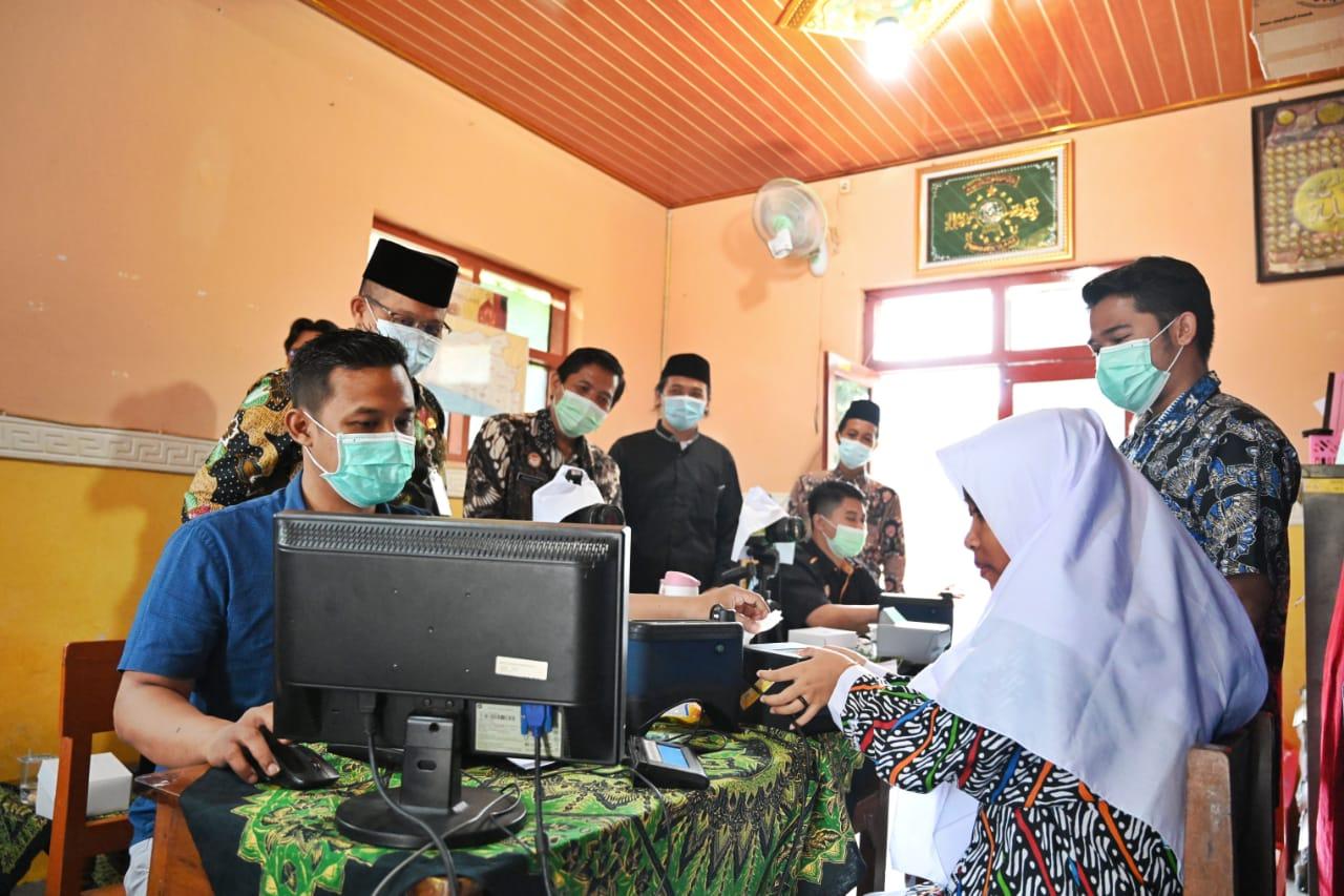 Inovasi Go-Lak Diluncurkan di Pesantren Al-Kahfi Somalangu