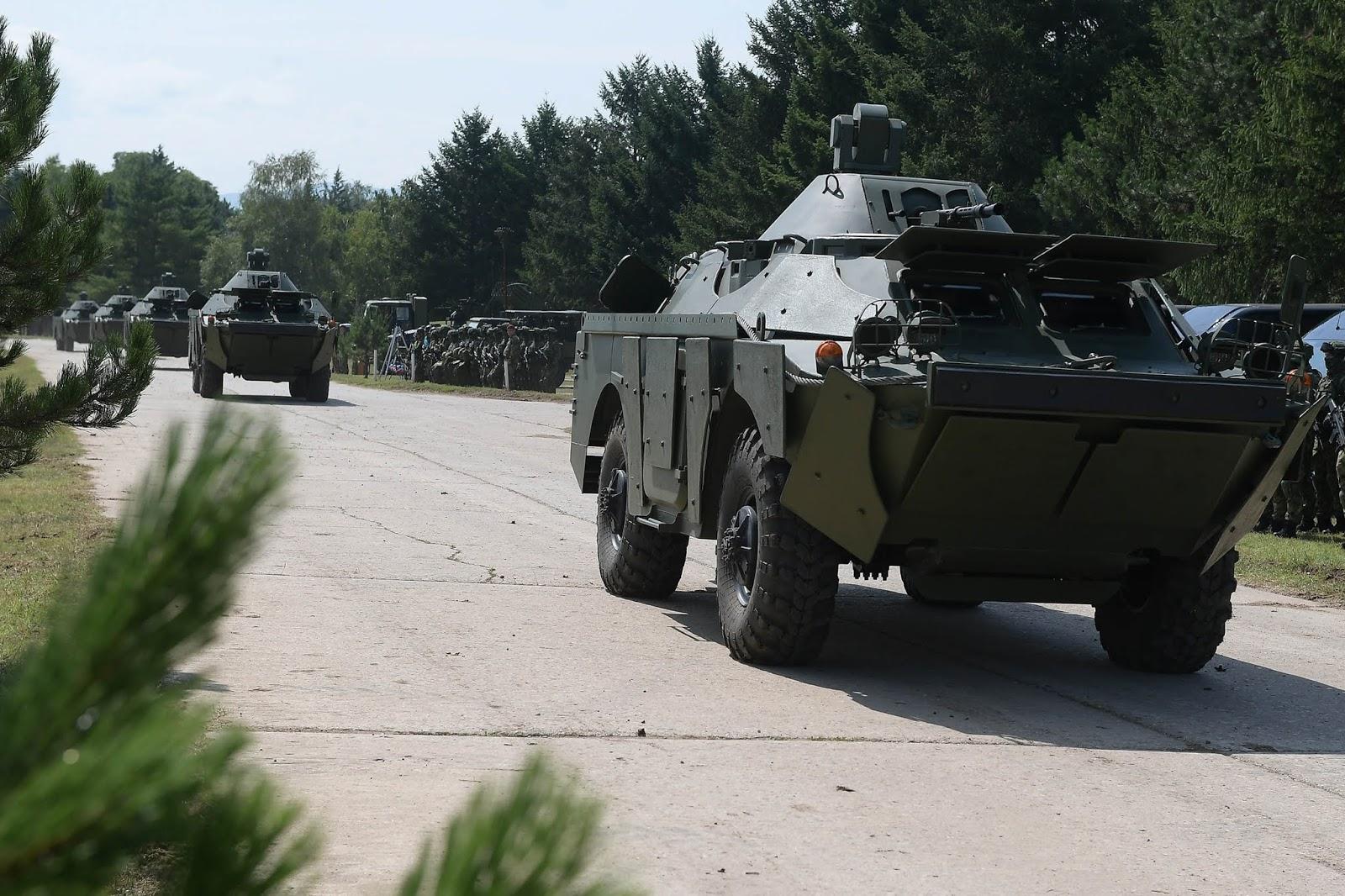 Сербська арія презентувала даровані Росією БРДМ-2 (ФОТО)