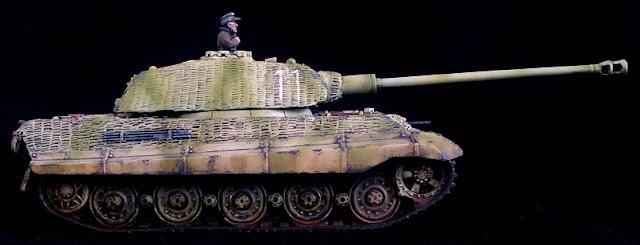 Panzer Lehr 1/56 King Tiger 11 Tiger 2