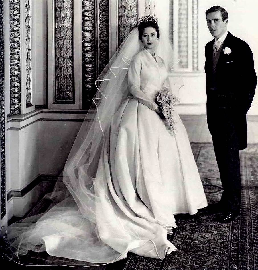 Princess Margaret Was A Sensation In Her Youth Beautiful Fashionable And With Social Life Love Made For Tabloid Consumption
