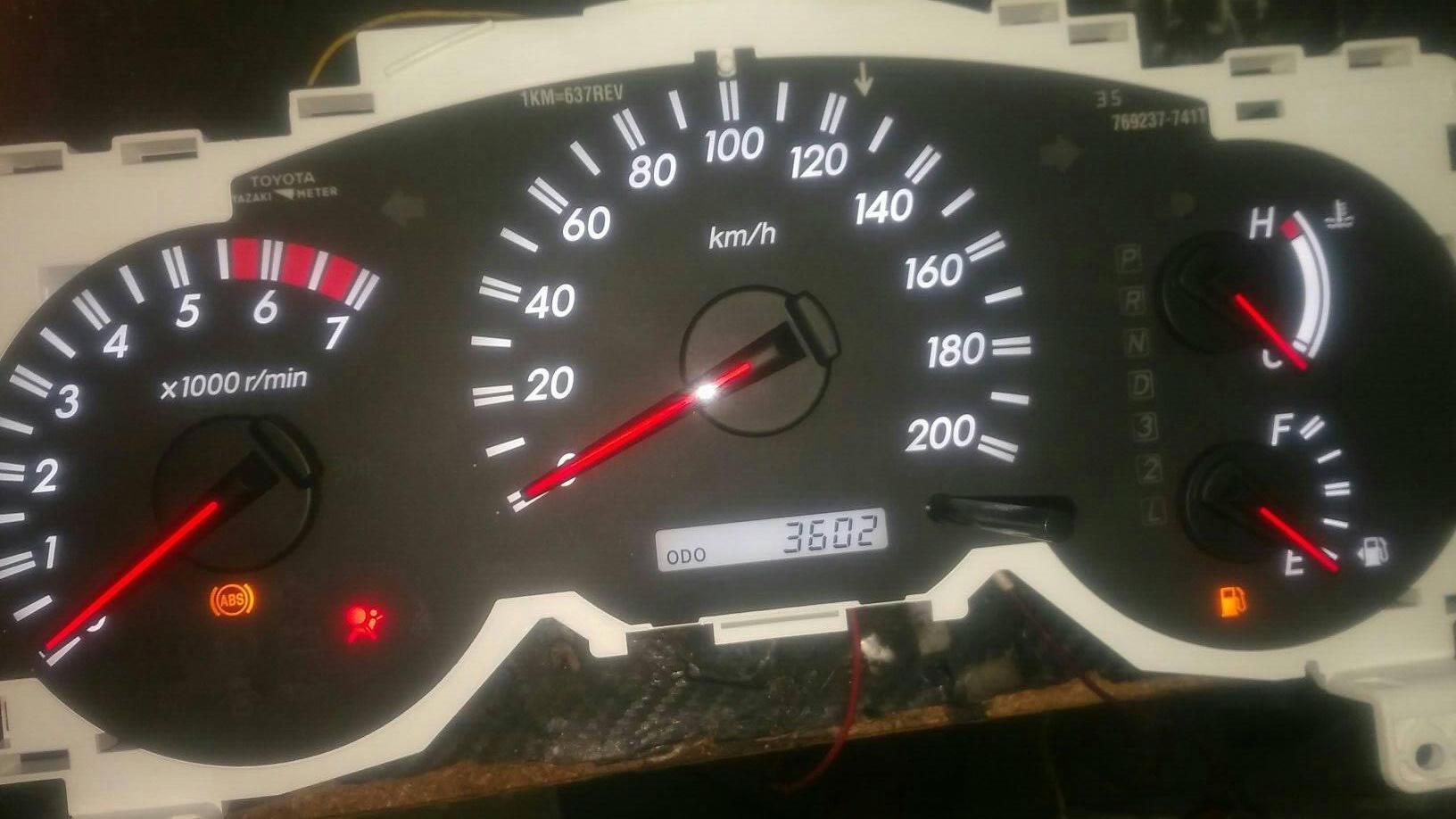 Cara Memperbaiki Speedometer Digital Mobil